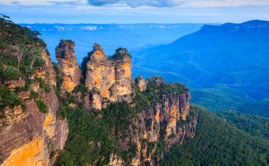Imagine having this on your doorstep! No wonder the Blue Mountains are some of the best places to live outside Italy.