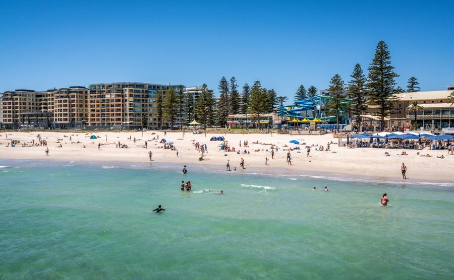 The beachy suburb of Glenelg. Keitma / Shutterstock.com
