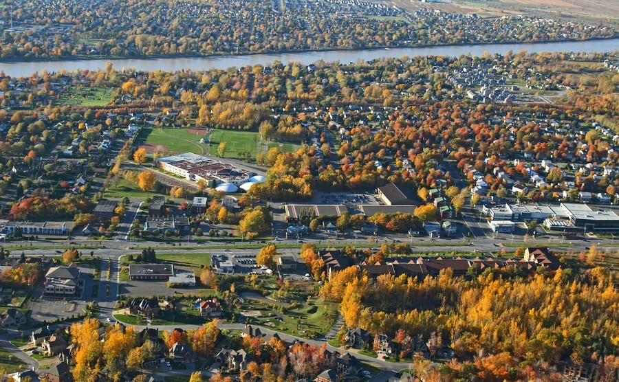aerial-view-of-a-suburban-neighborhood-in-bright-colors-of-autumn