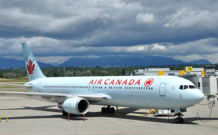 How to get a bargain flight to Canada