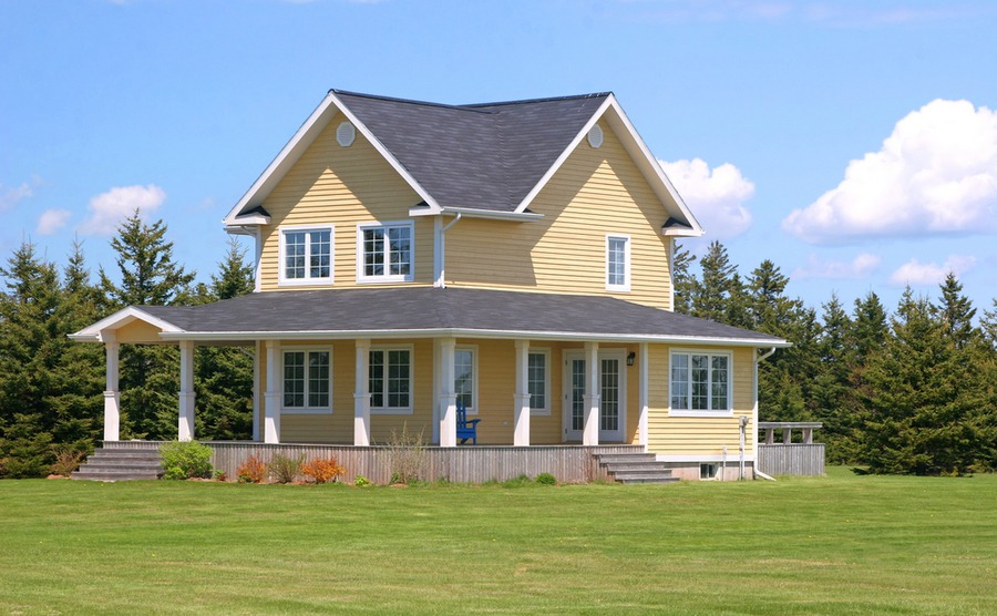 What kind of home to buy in Canada