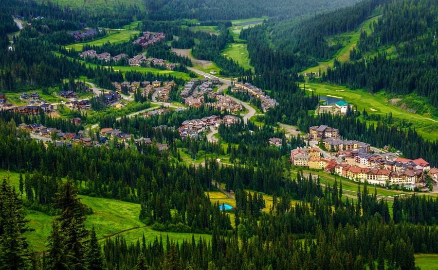 Country Living In Canada Our Favourite Small Towns