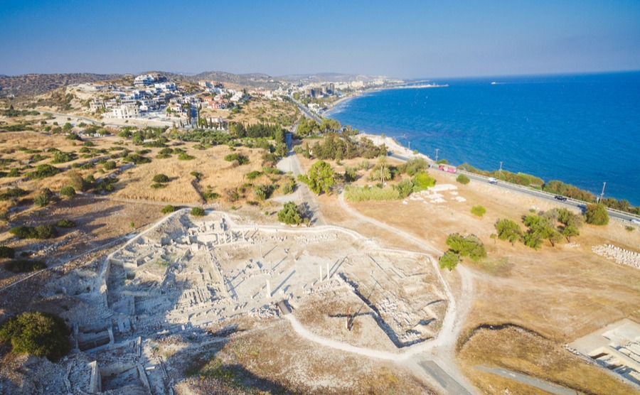 The village of Paraklissa and neighbouring Agios Trychonas are great spots if you want village living within easy access of the city when you retire to Cyprus.