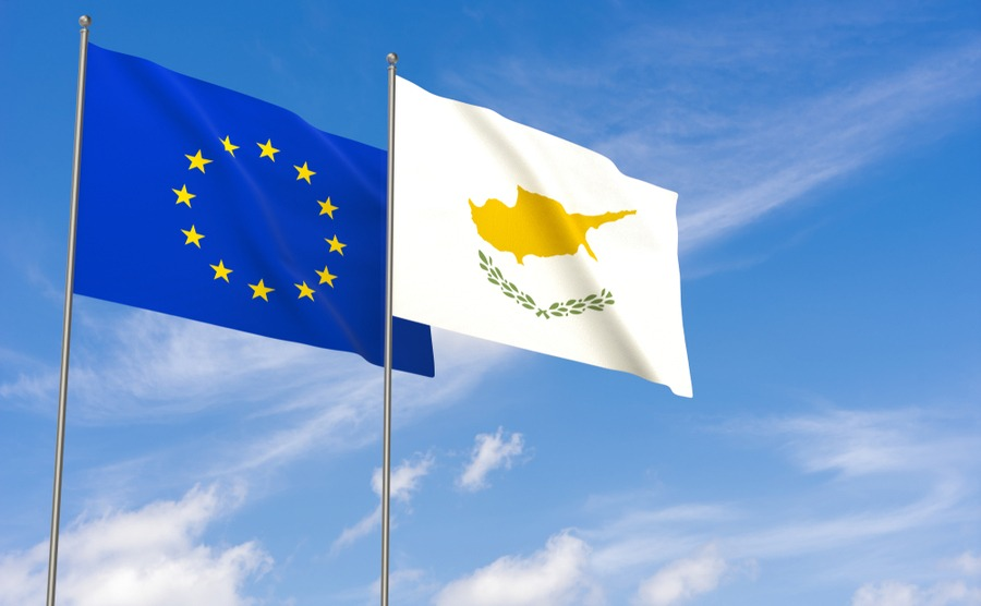 Make sure you move to Cyprus before Brexit to guarantee your rights.