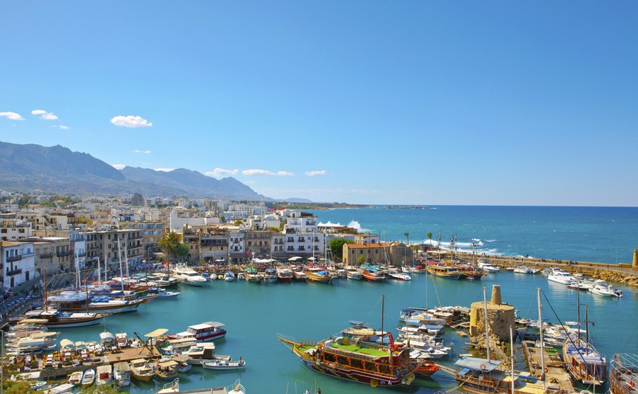 Cyprus has mild, sunny winters (unlike the UK!) Debu55y / Shutterstock.com | Winter sun in Cyprus
