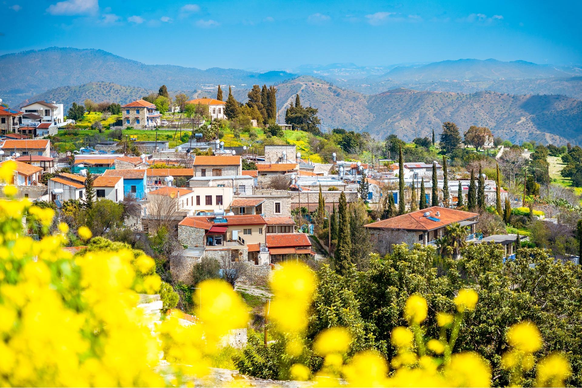Lefkara Village | Evgeni Fabisuk | Shutterstock