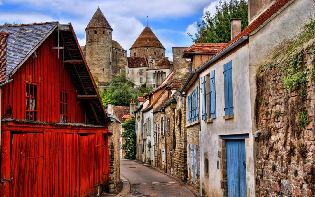 House-hunting in France with less than €100,000!