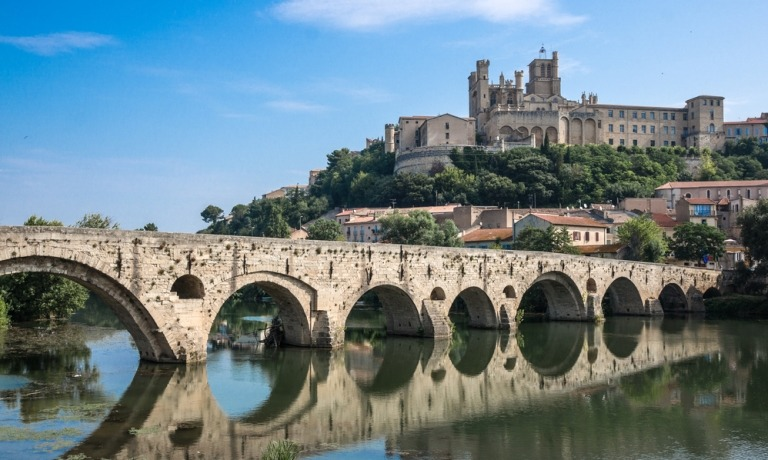 The climate, beaches and lifestyle in the Languedoc region