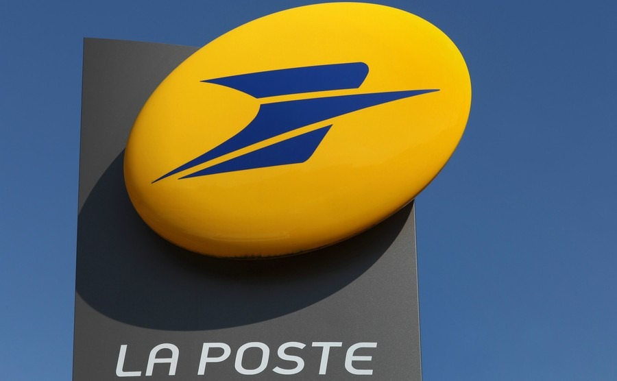 French postal workers set to watch over your elderly relatives
