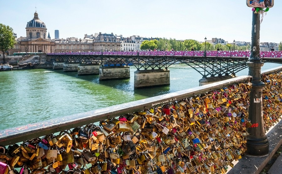 paris-france-june-8-padlocks-on-the-bridge-of-ponts-de-arts-in-paris-france-june-2015