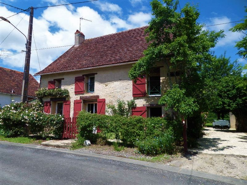 This beautiful rural home is on the market for just over €129,000. Click on the image to view more details | Buying property in France in 2019