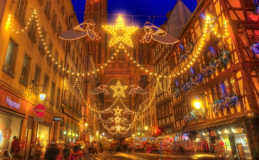 strasbourg-france-dec-12-people-on-the-street-during-the-festive-christmas-illumination-on-december-12-2012-in-strasbourg