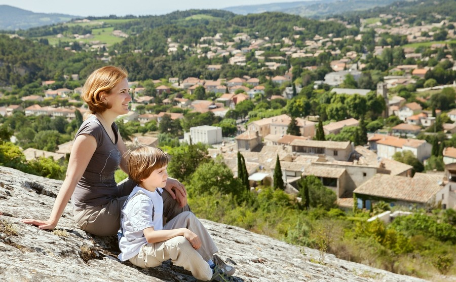Make a success of moving to France with children