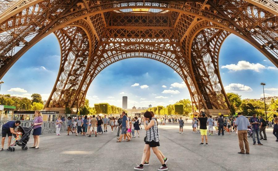 Paris tourist numbers hit ten- year high