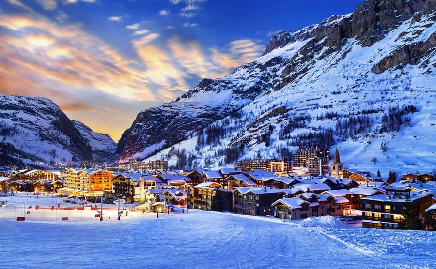 Val d'Isère has a fantastic ski area with excellent snowfall.