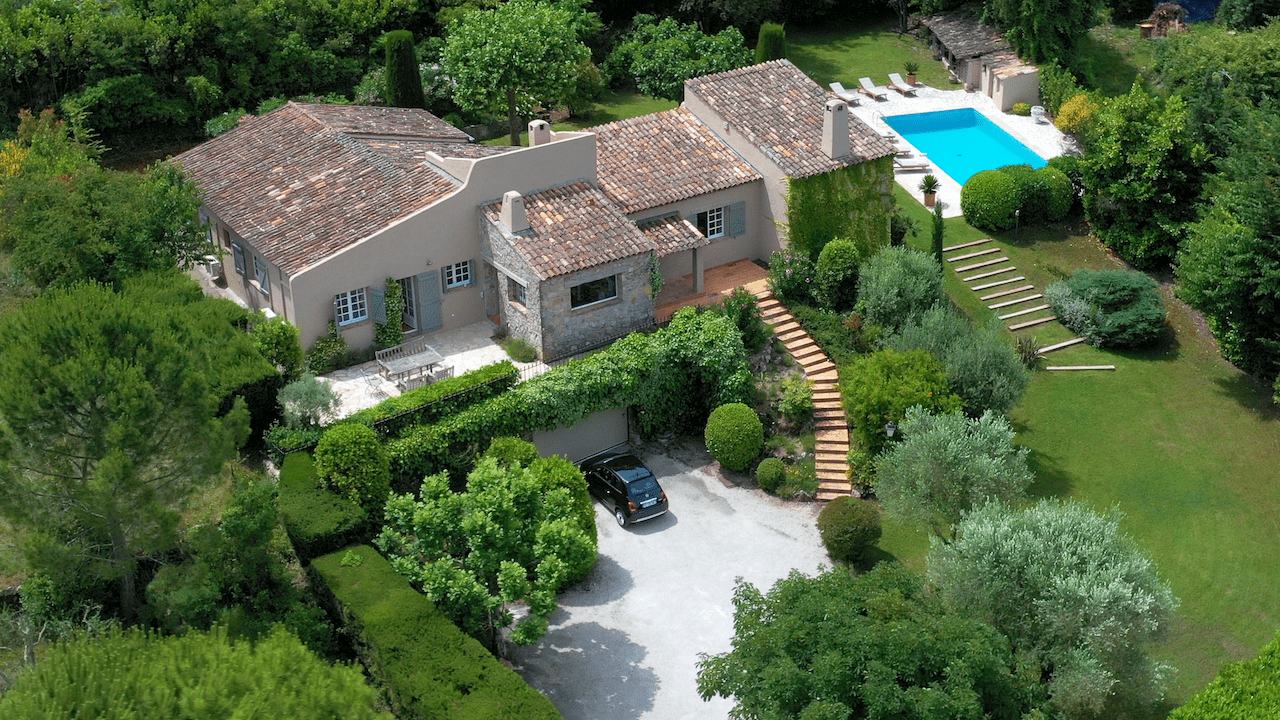 A French home without the hassle