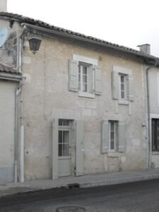 Picturesque two-bedroom village house in Dordogne, €90,000