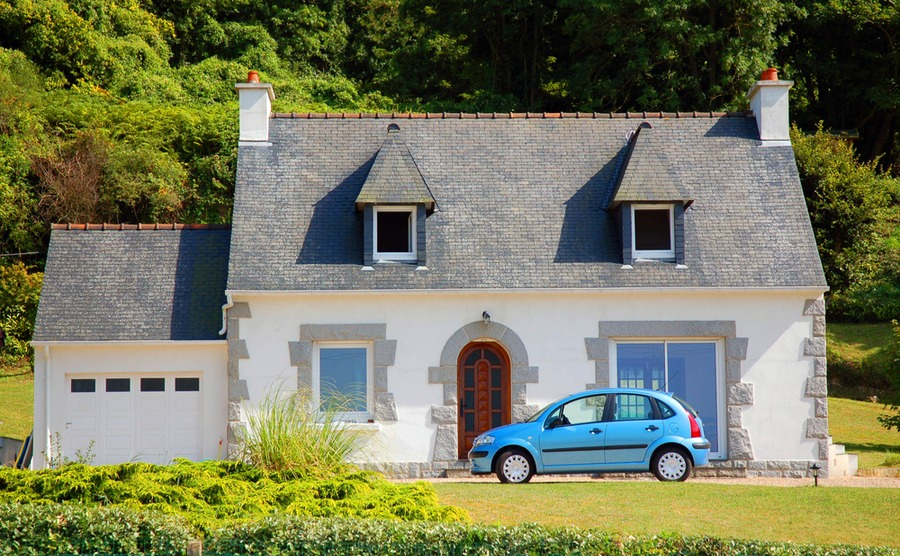 Owning a car in France