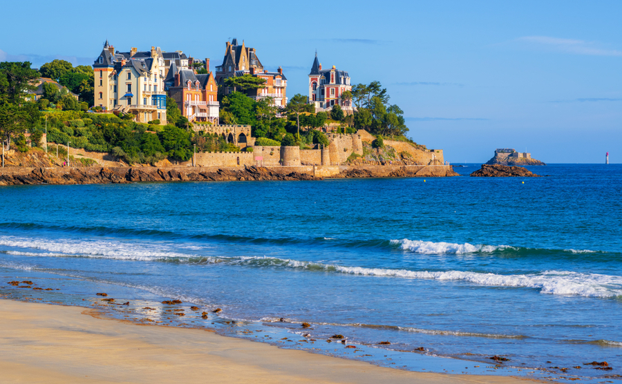 6 expat communities in France where you'll feel at home