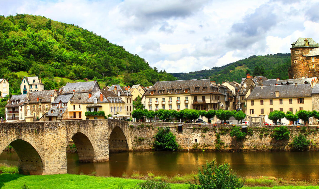 Could you be an estate agent in France?