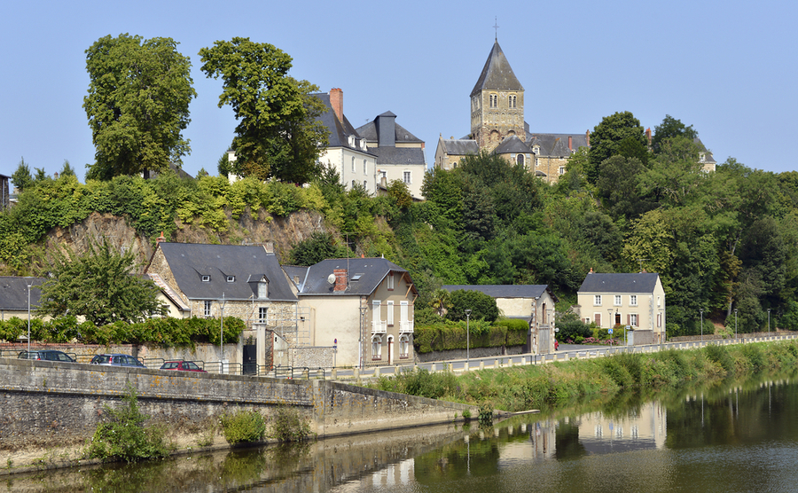 The beautiful Mayenne département.