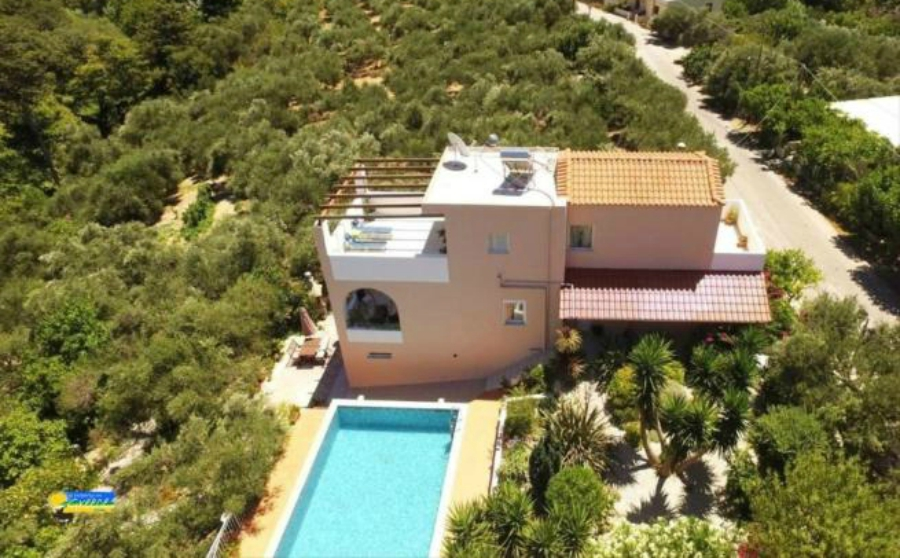 Houses in Greece for €250,000 – a rural property in Chania