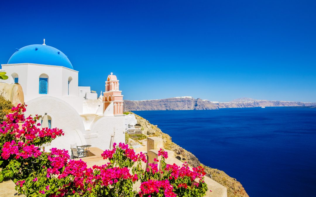 Your guide to Santorini and Mykonos
