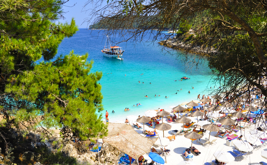 the best Greek islands for sailing