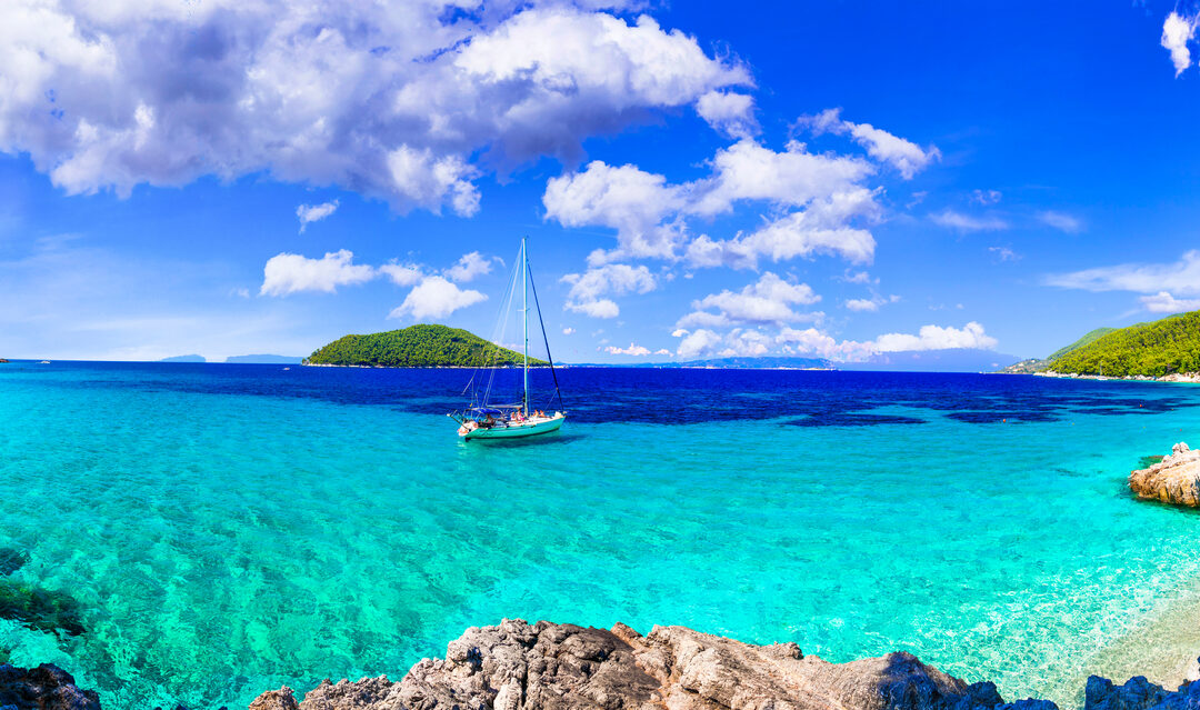 5 of the best Greek islands for sailing