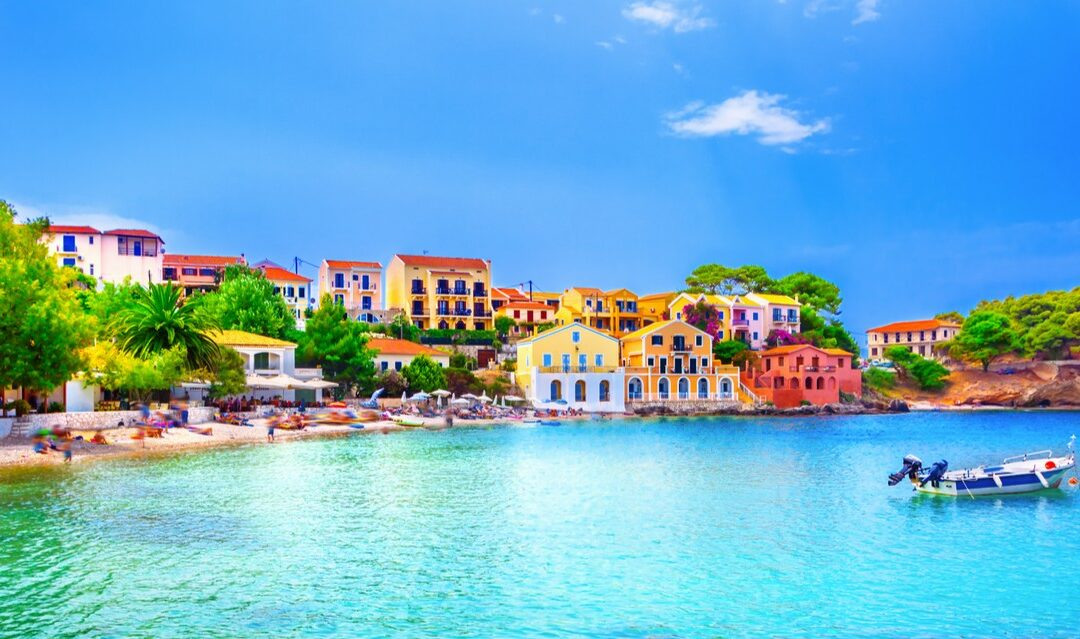 Empty nesters in Greece: how and where to spend your new-found free time