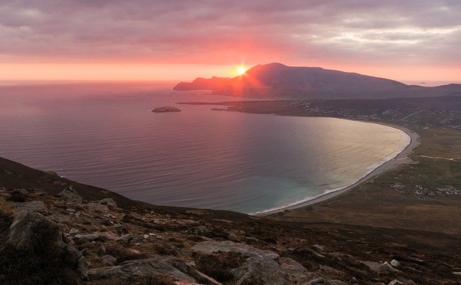 achill-island-in-county-mayo-is-the-largest-island-off-the-coast-of-ireland-sunset-on-achill-island