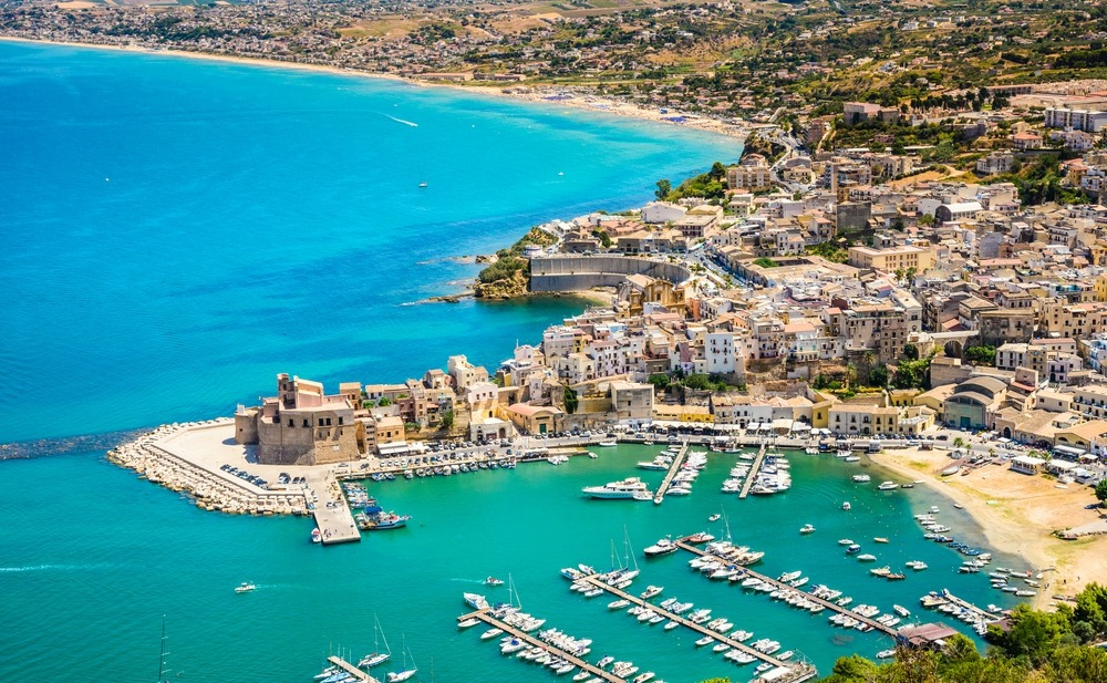 Where are the best areas to buy property in Sicily?