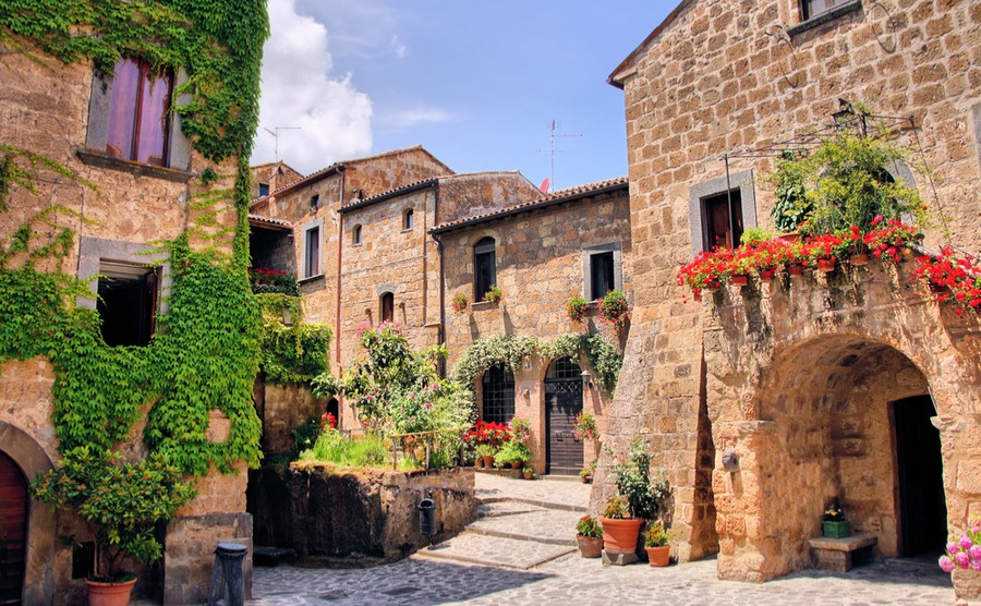 Use our top five questions to help make buying in Italy stress-free.