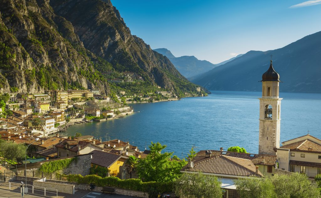 Italy-where-to-buy-TheVeneto-LakeGarda