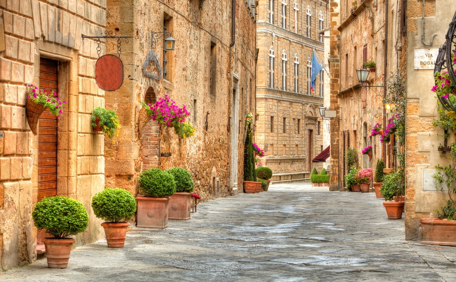 The historic streets of Pienza.