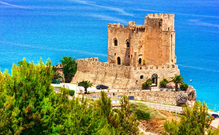 The next leg passes some stunning sights, including Roseto Capo Spulico.
