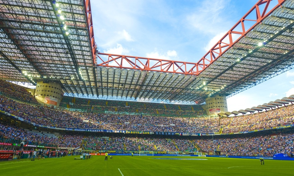 san-siro-soccer-stadium-full-of-80-000-fans-before-the-serie-a-match-inter-vs-juventus-in-milan