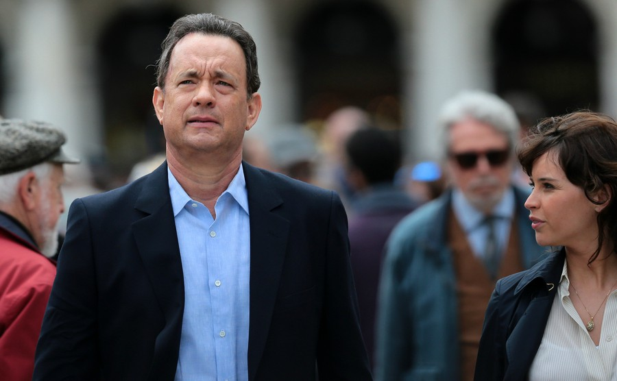 venice-italy-april-28-tom-hanks-during-the-filming-of-inferno-of-ron-howard-in-venice-italy-28-april-2015