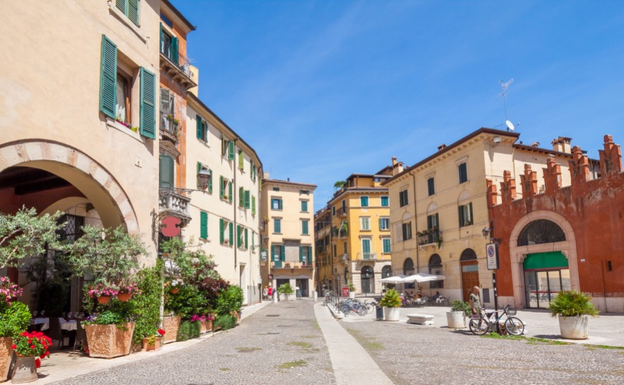 Verona's many squares and beautiful apartments are a big draw for people looking to buy a home in the Veneto.