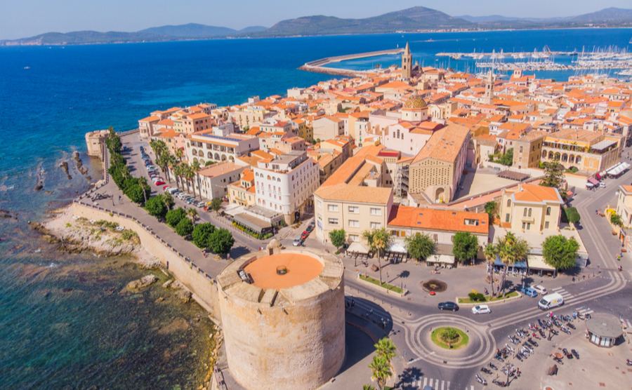The city of Alghero is one of the most beautiful in Sardinia.
