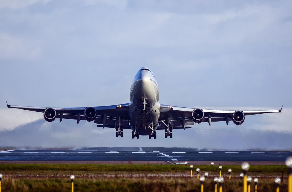 Plane leaves Manchester airport