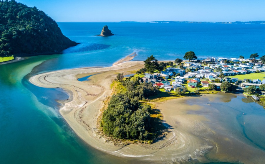 Deciding where to buy a house in New Zealand? Our area guide will help.
