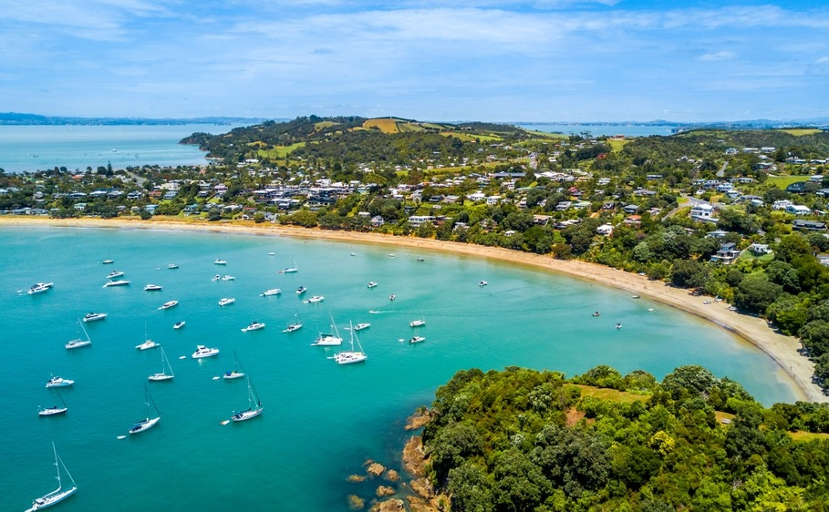 A New Zealand holiday home in Waiheke is ideal for overseas buyers,.