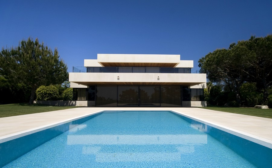 Portugal's most expensive residential streets revealed