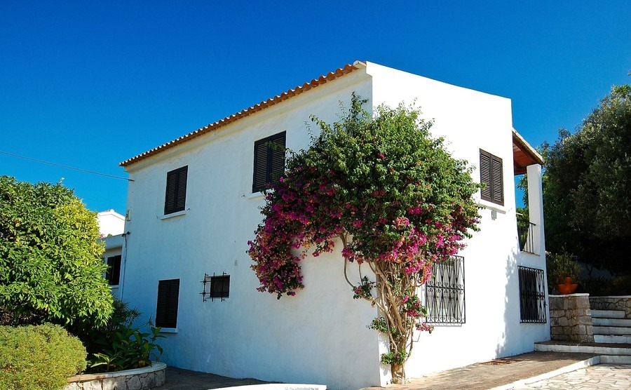 Lisbon and the Algarve: properties to suit all budgets