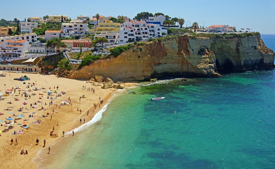 News round-up: Property sector booms in Portugal