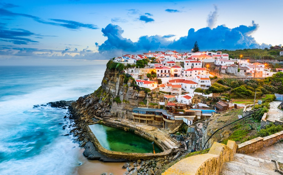 There are several avenues open to expats moving to Portugal after Brexit.