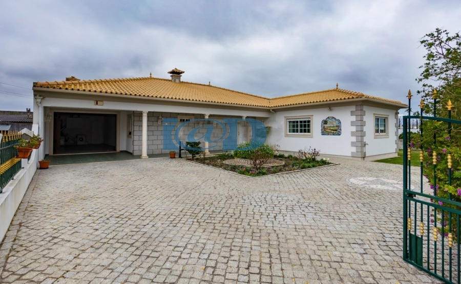 Click on the image to view the property.