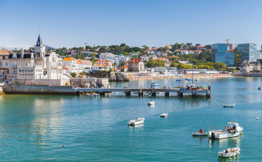 Upmarket Cascais is within easy reach of Lisbon, meaning day trips are simple!