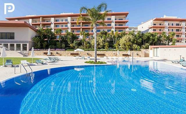 Click on the image to view this West Algarve property.